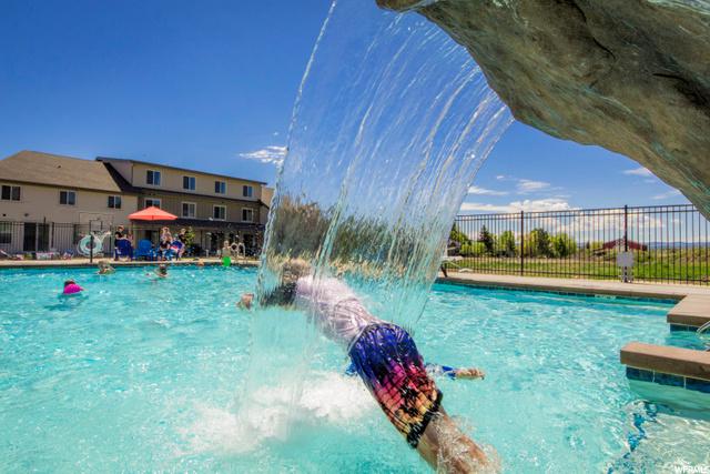Waterdance At Bear Lake